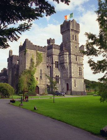 /uploadedfiles/media/en/Ireland/Irish castle.jpg